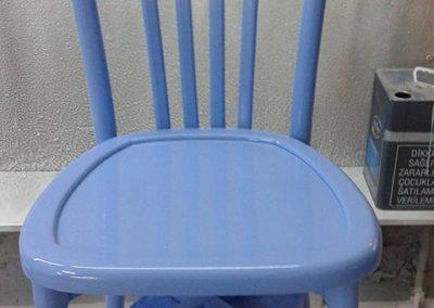 renkli-tonet-sandalye